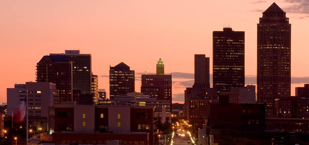Des Moines skyline at dusk