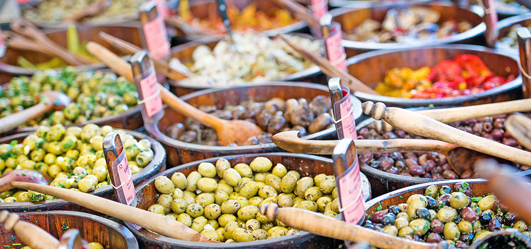 Genuine olives for sale on the market of southern Italy