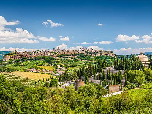 A view of the beautiful hilltop town of Orvieto