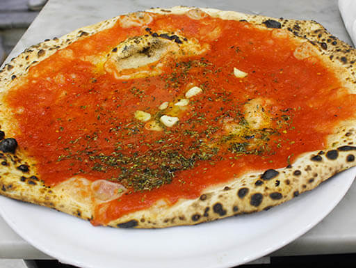 Marinara pizza, Neapolitan pizza